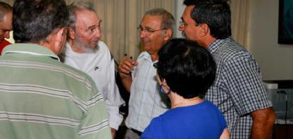 Fidel Castro visitó Centro Nacional de Investigaciones Científicas