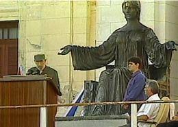 """Fidel Castro: """"La paz con la paz se paga"""""""